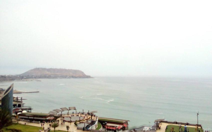 Departamento amoblado en Miraflores con vista panorámica del Mar