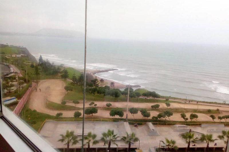Excelente departamento con vista al mar en Miraflores