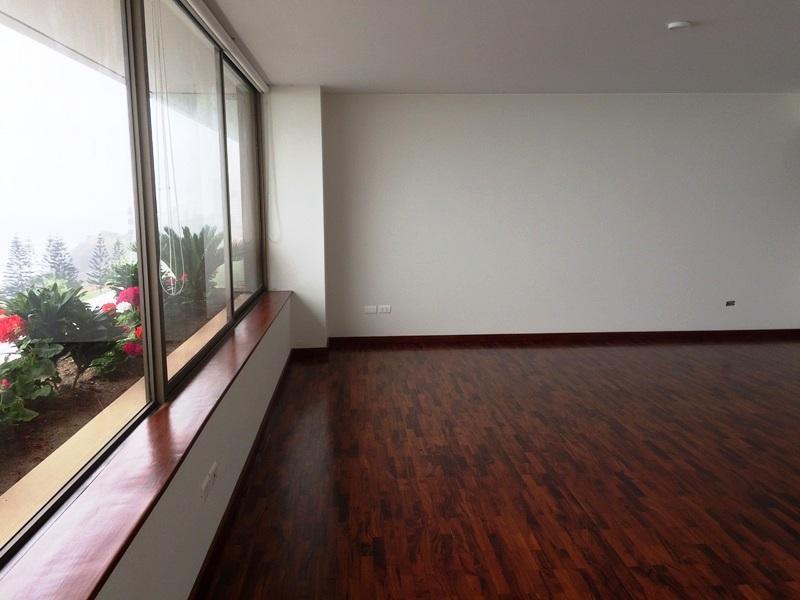 Amplio departamento con dspectacular vista al mar de Miraflores