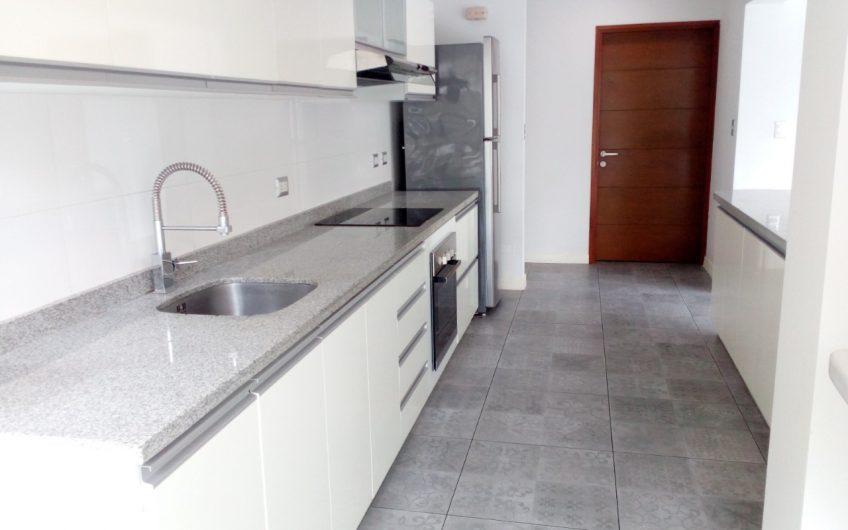 Alquiler de departamento en zona Larcomar