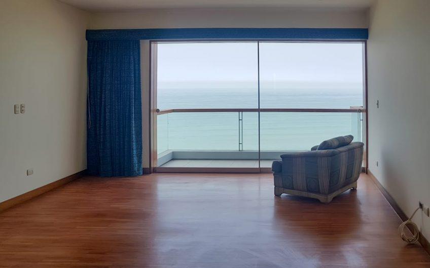 Departamento en Barranco con vista directa al mar