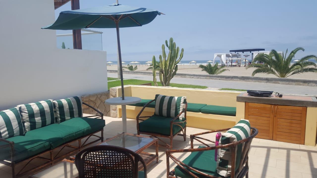 Venta de casa playa en Las Palmeras Cerro Azul