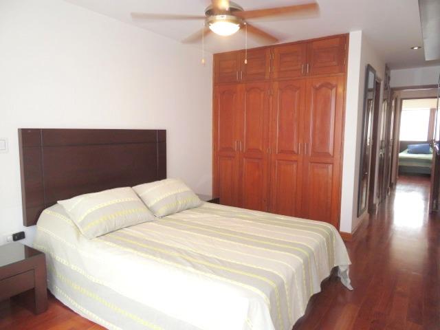 Departamento amoblado 2 dormitorios cerca a Larcomar