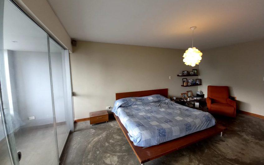 Vendo departamento duplex 3 dorm cerca de Larcomar